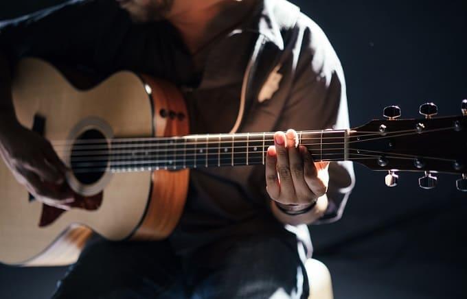 Gitarrengrößen Hero