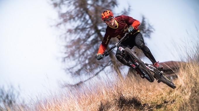 Mountainbike Fahrtechnik Hero